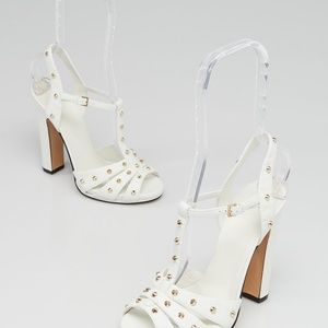 Gucci Melville White. Studded. New sz 38